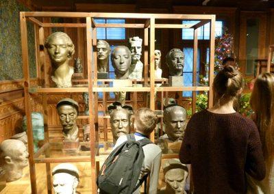 We wnętrzach Muzeum Rzeźby Alfonsa Karnego